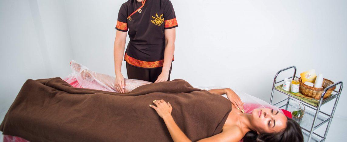 Антицелюлітний масаж з обгортанням у Львові